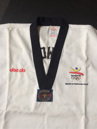 Kimono taekwondo con 2 chaquet