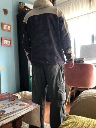 Chaqueta y pantalon nieve