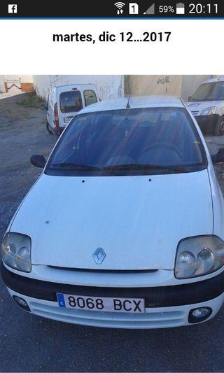 Renault Clio alize 1.2 año 2000