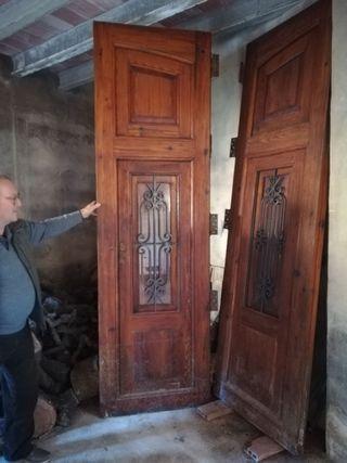 Puerta antigua madera mobila de segunda mano por 600 en - Garajes de madera de segunda mano ...