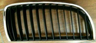 Rejillas frontales E90. nuevas.