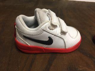 Deportivas bebé Nike