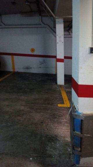 Alquilo plaza garaje 7 Calle Peña Negra 9
