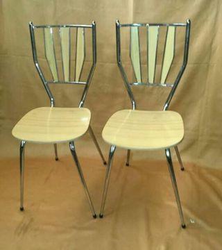 Tres sillas de cocina antiguas de segunda mano por 25 en for Sillas antiguas segunda mano