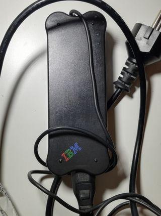 Cargador Original para portatil IBM