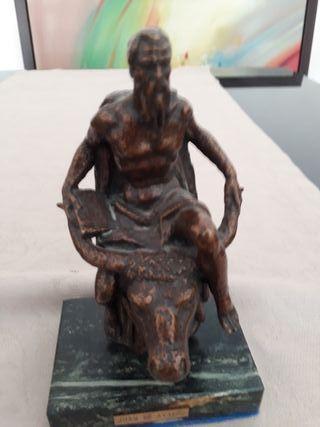 3 Esculturas en bronce, valoradas en 2.400 euros