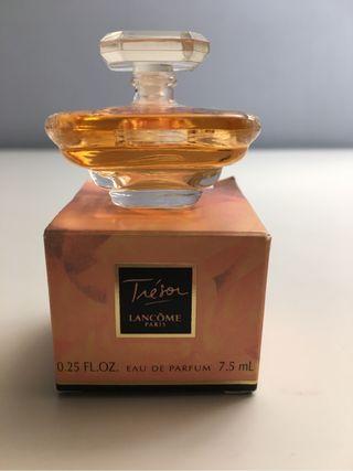 Perfume de segunda mano en Avilés en WALLAPOP