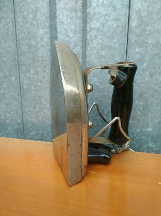 Plancha eléctrica antigua