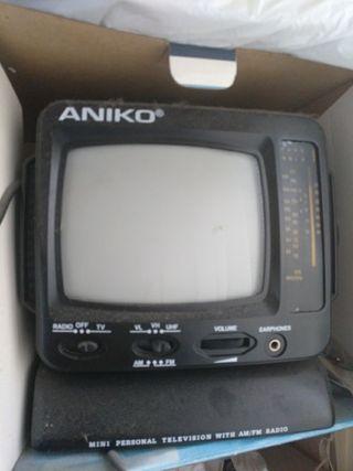 TV radio 5'5. ANIKO AM/FM Tv328 Nueva en caja