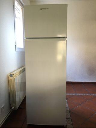 Nevera frigorífico congelador combi