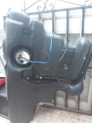 Deposito y Aforador gasoil Golf IV