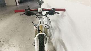 bicicleta de montaña canyon