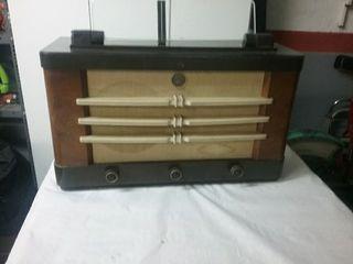 Radio Philips antigua