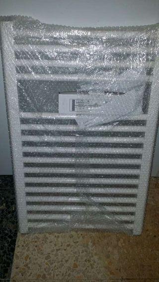 Radiador toallero nuevo a estrenar