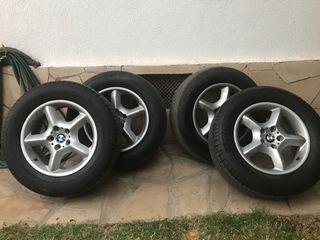 Llantas BMW X5 con neumáticos