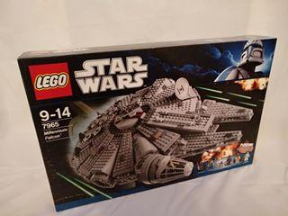 LEGO 7965 - Millennium Falcon