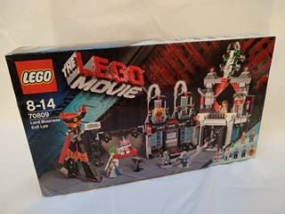 LEGO 70809 - Lord Business' Evil Lair