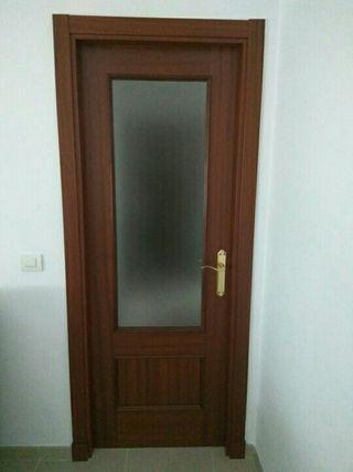 Puertas de paso de segunda mano por 50 en sevilla en for Puertas de paso segunda mano