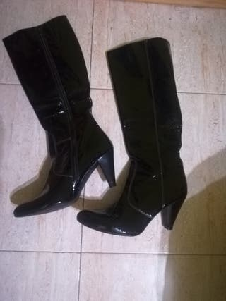 botas altas nuevas de piel 40