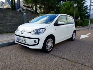 Impecable Volkswagen Up! 2015