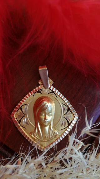 Medalla Virgen Niña .