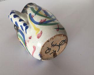 Jarrita ceràmica de Toledo firmada V. Q.