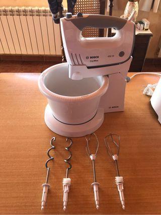 Robot de amasar Bosch