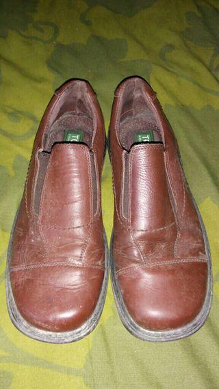 Zapatos cuero