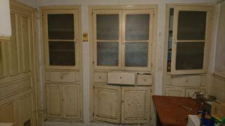 Puertas y estanterias cocina antigua