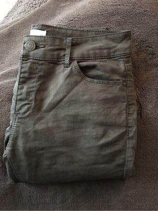 Pantalon verde kaki