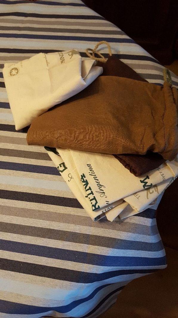 9d2f80b6591 Bolsas tela para guardar bolsos de segunda mano por 7 € en Barcelona ...