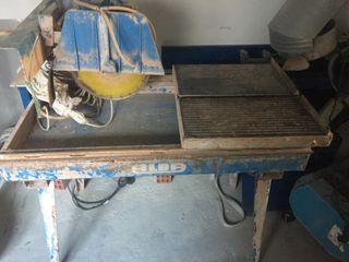 Maquina de corte con agua