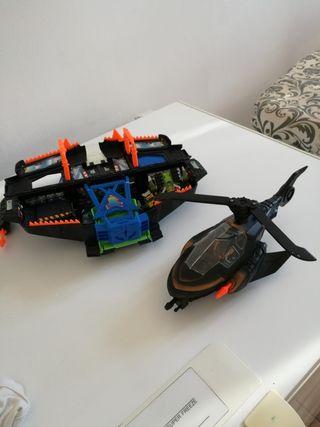 Batman helicoptero y nave