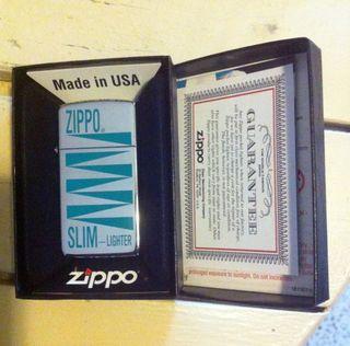 Zippo Slim Modelo 250-High Polish Chrome