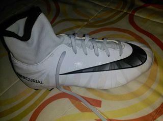 Zapatillas nike CR7 Fútbol 11