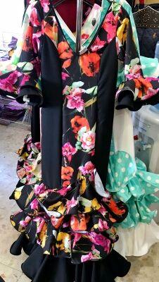 Traje de flamenca gitana de fábrica