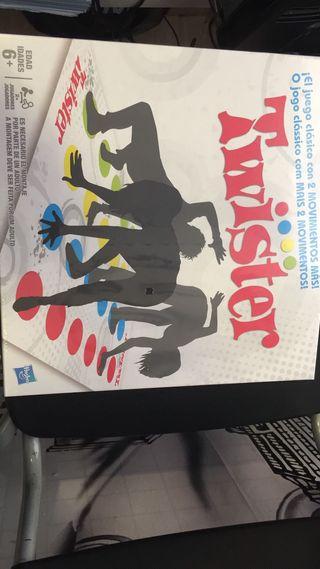 Juegos De Mesa Twister De Segunda Mano En Madrid En Wallapop