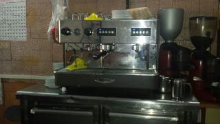 cafetera y molino