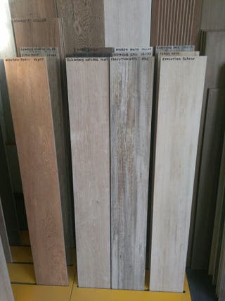 Suelos porcelanico imitacion madera en valencia en wallapop - Baldosas imitacion parquet ...