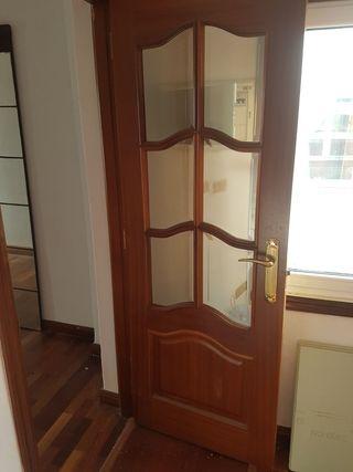 Urge puertas de paso en sapelly de segunda mano por 25 for Puertas de paso segunda mano