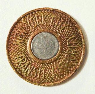 moneda del metro de new york city