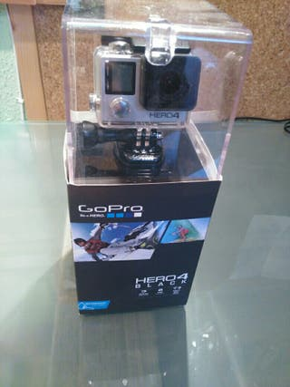 GoPro Hero 4 Black + pantalla + batería y +
