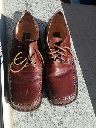 Zapatos num. 43 y 44