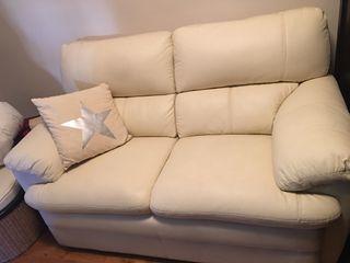 Sofa de dos plazas de polipiel