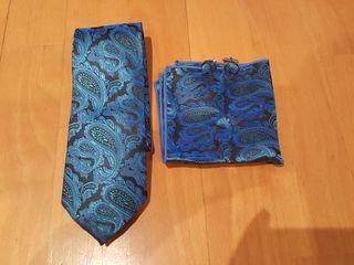 Conjunto corbata pañuelo y gemelos NUEVO