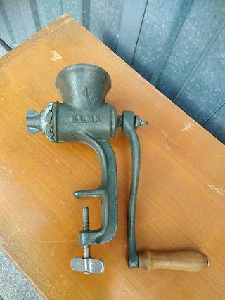 Antigua trituradora Elma Num1