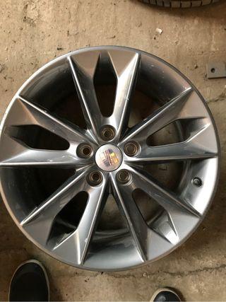 Llanta aluminio Seat