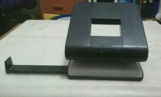 Perforadora de papel