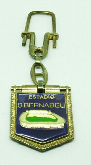 Llavero Real Madrid antiguo con estadio