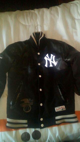 chaqueta NY edición limitada